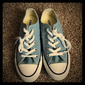 NWOT light blue Converse